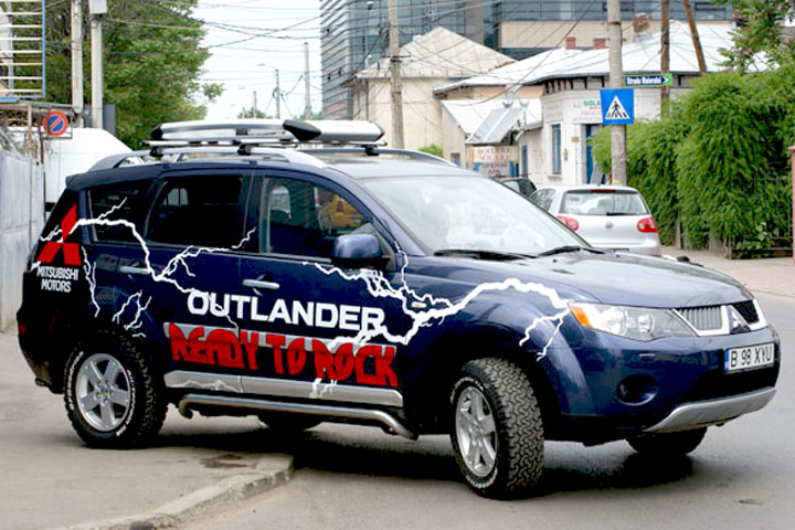 Outlander inscriptionat cu Ready To Rock